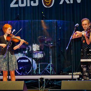 Eesti Rahvamuusikatöötluste festival MOOSTE ELOHELÜ
